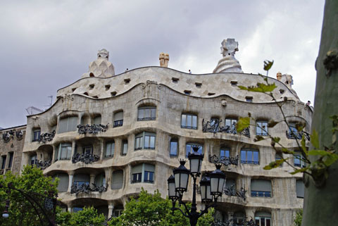 Barcelona(カサ・ミラ).jpg