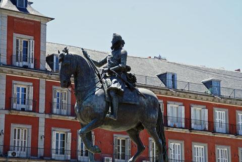 スペイン・マドリッド(フェリペ3世騎馬像).jpg