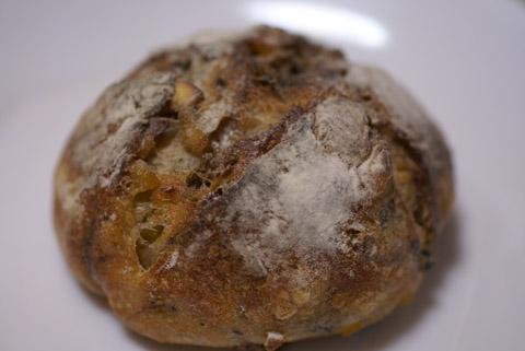 セエムアッシュ(栗と2種のベリー入りハードパン).jpg